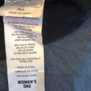 Patagonia Women's wool/fleece lined hat